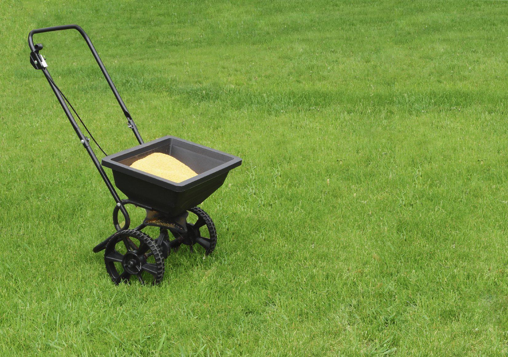 Preparing for Lawn Fertilization